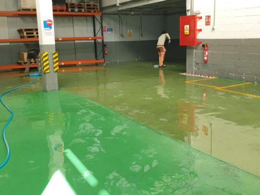 Limpieza de espacio industrial para almacenamiento de alimento en Mercamadrid