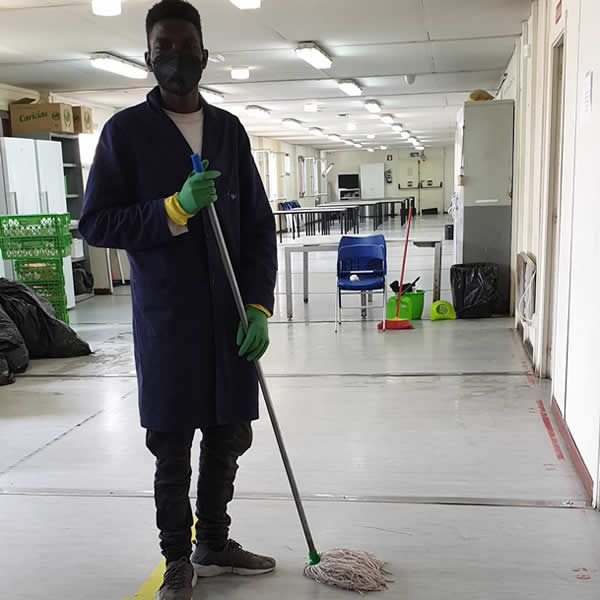 Servicio limpieza de edificios, comunidades, naves infustriales, oficinas, hospitales y limpieza con productos ecológicos